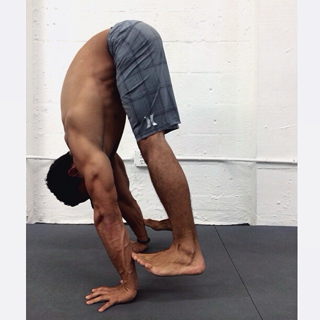 Handstand Straight Arm Press
